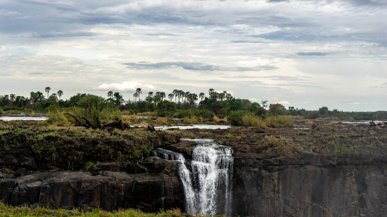 Victoria Falls Bone Dry How Drought And Dry Season Are